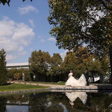 ドレス ウェディングドレス タキシード ロケーション フォトウェディング 庭園 緑
