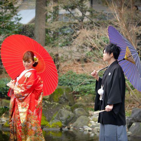色打掛 番傘 和装 ロケーション 洋髪 庭園 紋付袴