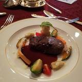 アナ雪コースの肉料理