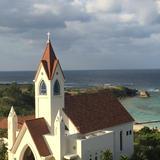 ホテルの部屋からみた教会 曇りでした
