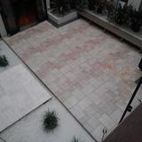 2階から見下ろした中庭