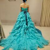 青と緑のカラードレス