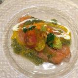 前菜 サーモンのカルパッチョ