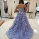 プラン内のドレスです。