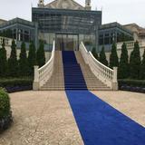 外階段のブルーが綺麗です
