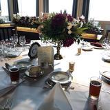 実際の披露宴のようにセットされたテーブル