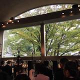 挙式会場(当日は雨上がりの曇り)