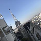 チャペル。晴れの日は富士山も見える。