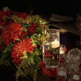 クリスマスをテーマに好きな赤のお花で装飾