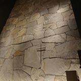 チャペルの壁面