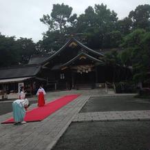 挙式する神殿