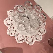 ゲストテーブルにあるゲスト用グラス