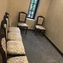 チャペルでの親族控室。