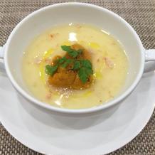 特製の茶碗蒸しにはウニが。