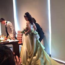 グラデーションが綺麗なドレス