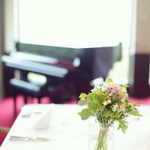 ピアノ生演奏もMORIならでは。