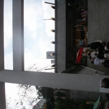 参進をする階段と鳥居