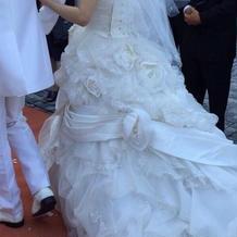 大きなりぼんが着いたドレス