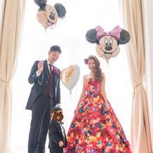 蜷川実花さんのカラードレス。
