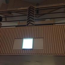 2階で生演奏があります
