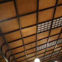 会場の天井