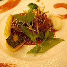 牛肉とフォアグラのステーキ。