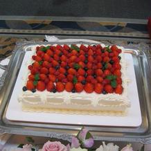 ウェディングケーキもおいしかったです!