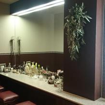 トイレ内には、パウダールームがあります。