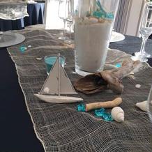ゲストテーブルは海っぽくコーディネート?