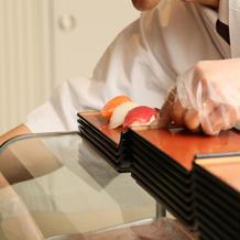 お寿司ビュッフェの様子