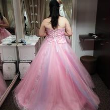 新婦衣装カラードレス後姿