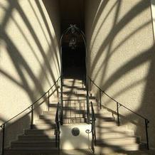 チャペル前の階段