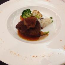 牛肉とフォアグラ