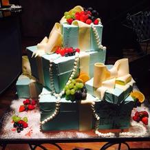 理想通りのウェディングケーキ!