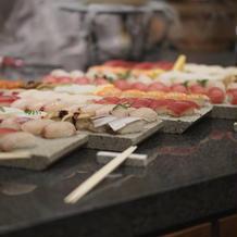演出の寿司バー