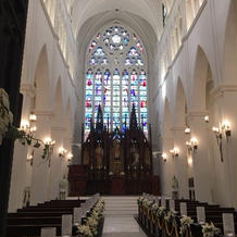 大聖堂。ステンドガラスが素敵です。