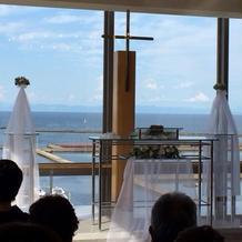 海の見える教会