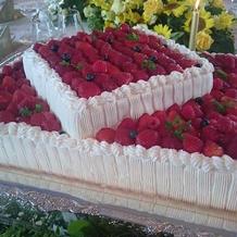ウェディングケーキ2段