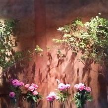 エレベーター前の装花