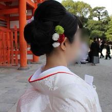 写真を撮ると刺繍は模様の出方が違います。