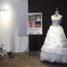サロンのウエディングドレス