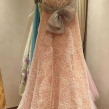 提携先のドレス1
