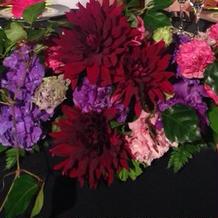 高砂席のお花がとてもゴージャスでした。