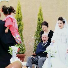 車椅子の父ともをゆっくり歩けました。