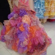 TUTUのドレス。ボリュームたっぷり