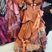 TUTUのドレス。細かいドットが可愛い