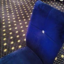 2階披露宴会場の椅子