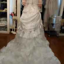 マーメイド型のドレス