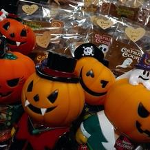 ハロウィンシーズン キッズにはお菓子を