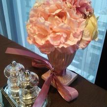 テーブル装花(造花)